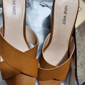 New Nine West Platform Sandals